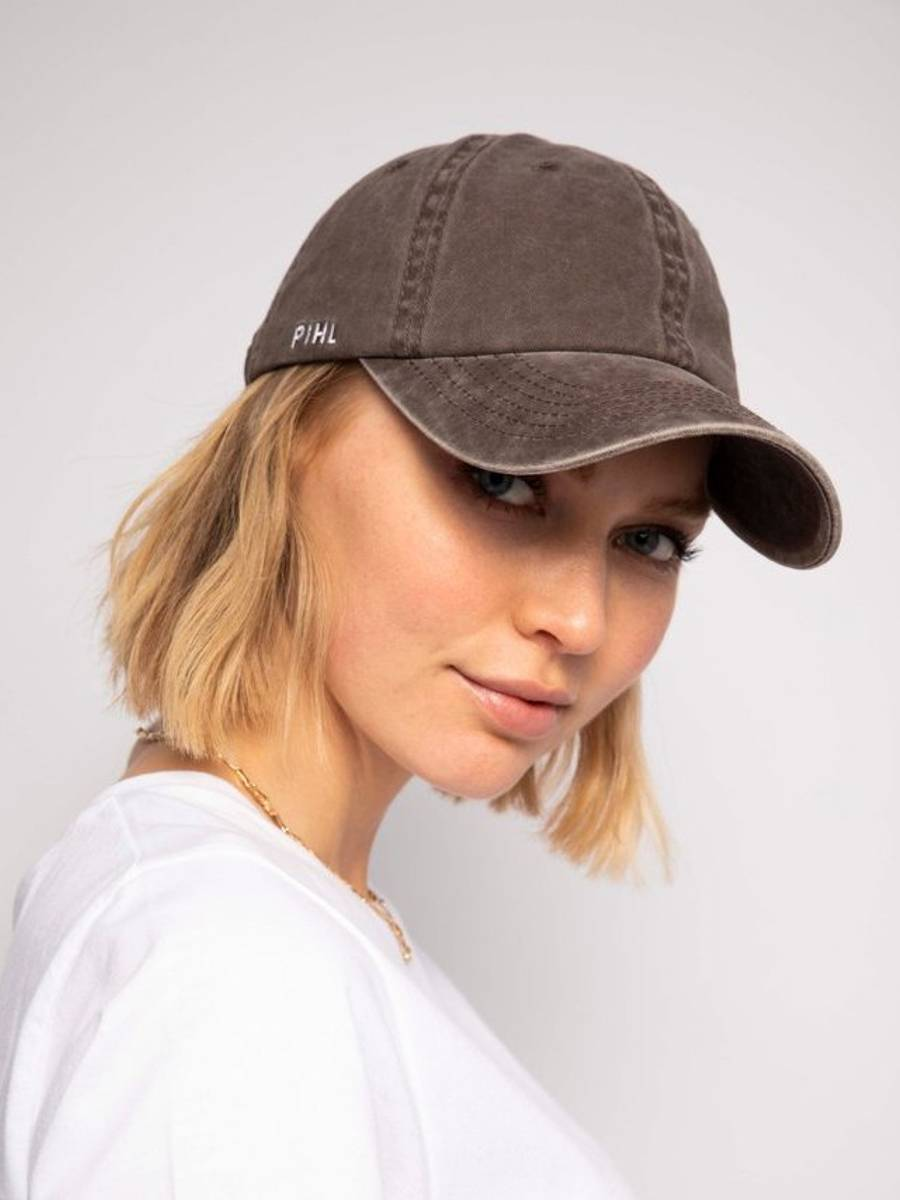 Camilla Pihl Lily Cap Washed Taupe