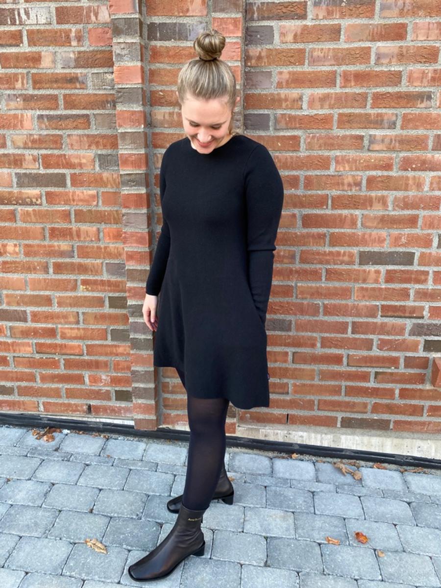 Ella & Il Cecilie Merino Dress Black