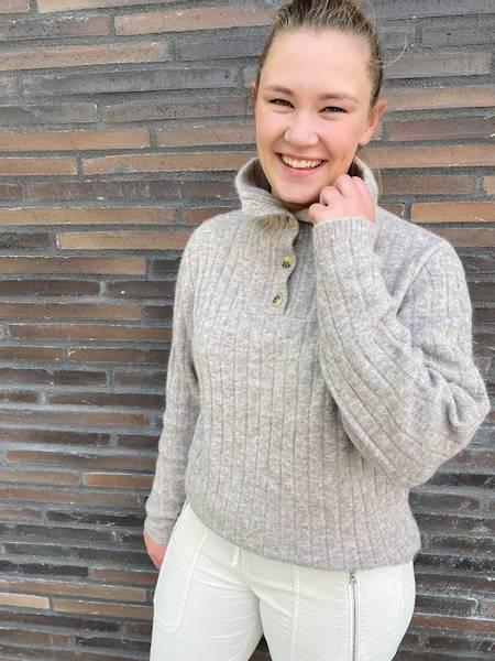 Bilde av FWSS Gimme Some More Sweater